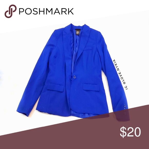 Bright Blue Blazer Fitted Bright Blue Blazer for EVERYDAY wear. I wore this with…