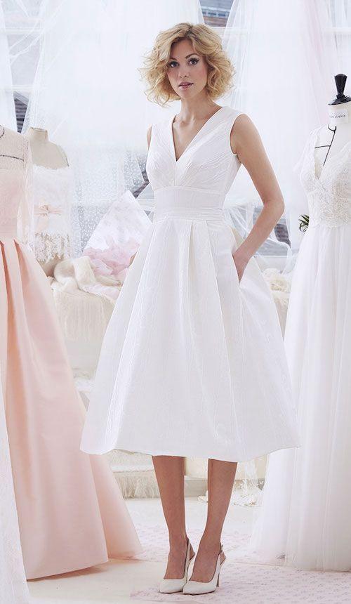 Collections 2019 : les plus belles robes de mariée courtes – #belles #collectio…
