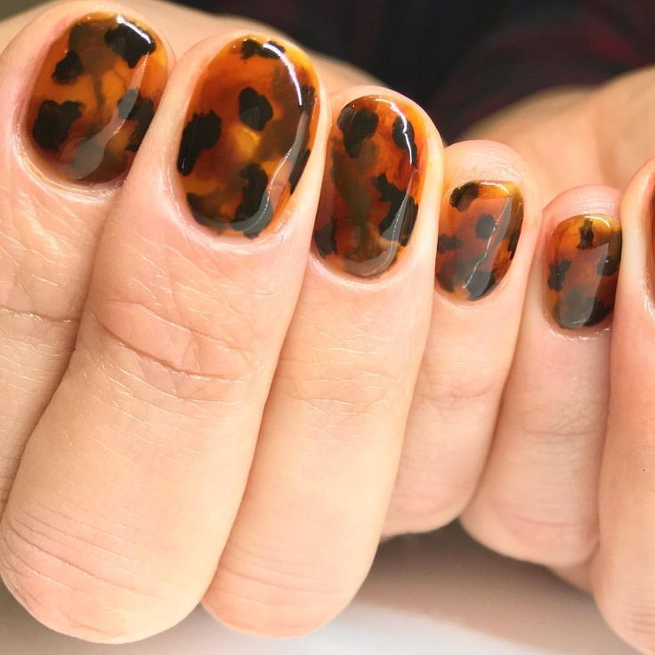Do you want a cute nail design for your short natural nails? Tortoise shell nail…