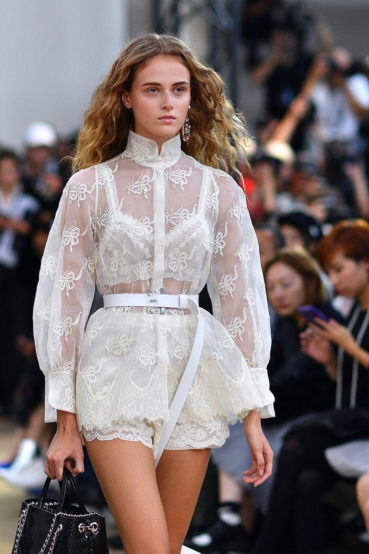 East meets West with Shiatzy Chen – Paris Fashion Week SS 2018