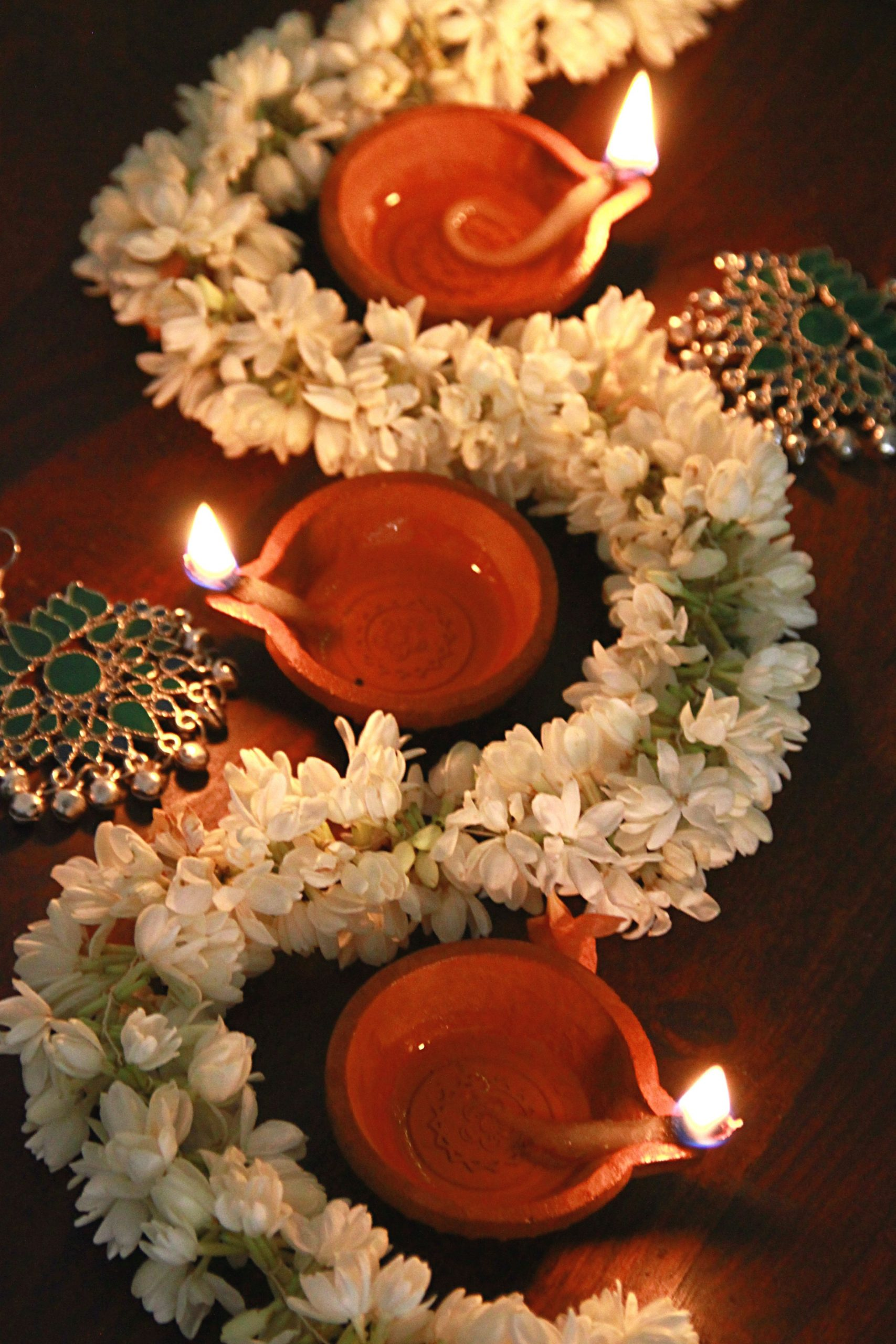 Easy #Diwali décor ideas. Jasmine garlands can add instant freshness to your Di…