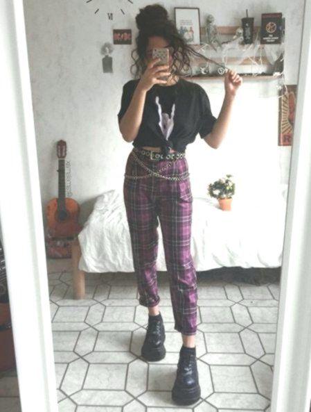 Flannel pants, black graphic tee/crop, chain belt, black boots, #Belt #black #bo…