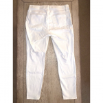 "GAP - White Curvy True Skinny Jeans 31R These are white ""curvy true skinny"" ..."