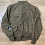 H&M Girls Flight Jacket w/patches H&M Girls Flight Jacket w/patches - Army Green...