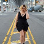 How DO I Look? Striking Plus Size Poses- A How To