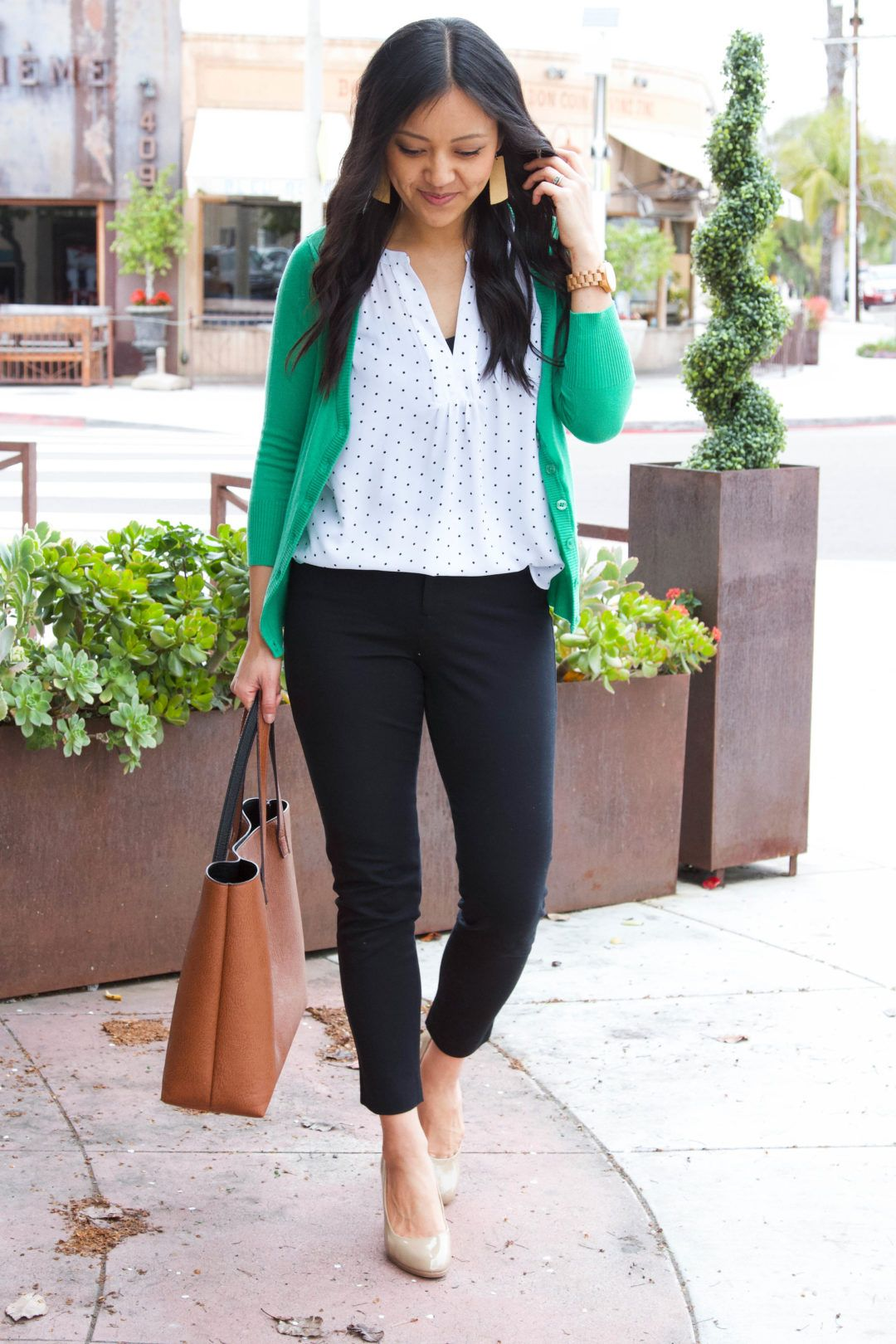 How to Add Color to Outfits the Easy Way – Part 1 of 3