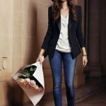 I love the fit of her tee (v-neck is my fave) and blazer -- not too tight, but n...