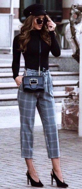 Modern Work Outfits Ideas For Women 22