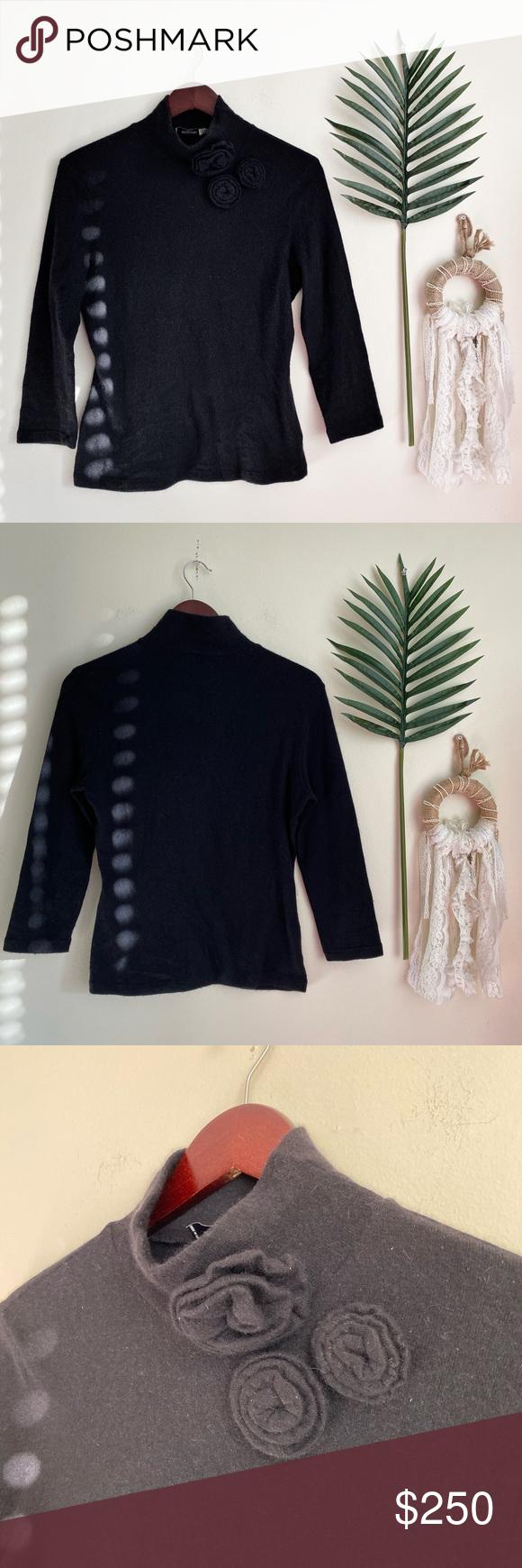 Moschino Jeans Black Turtleneck Sweater Floral Super cute black turtleneck pullo…