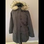 NWOT Gap Anorak Olive Green Jacket - L Brand new Khaki Olive Green Anorak Winter...