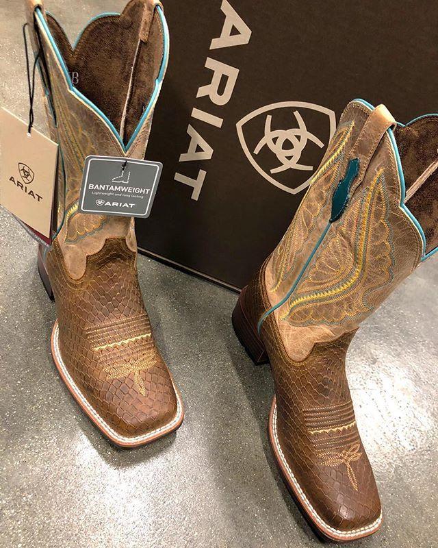 New Ariat women boots El Potrerito