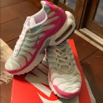 Nike Air Max Plus Gs Sz 5Y but fits 6.5 in Women's Size   Sizing and colorways...