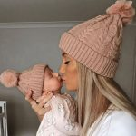 PRIMROSE SINGLE POM cosy knit beanie