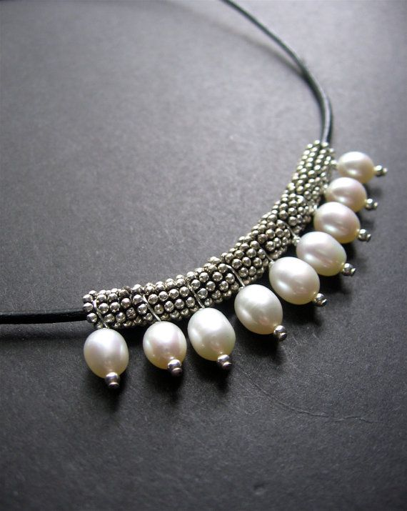 Pearl Necklace. Leather and Pearl Necklace, Pearl Beaded Necklace