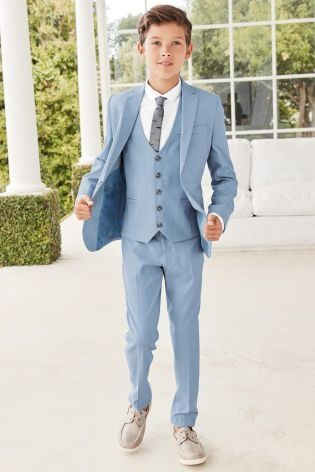 Planning a summer wedding in the sun? Think sky blue for suiting!
