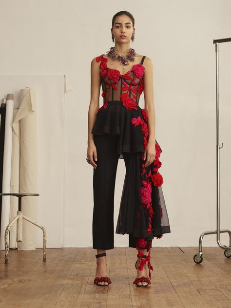 Pressed Rose Embroidery Bustier Top Pressed Rose Embroidery Bustier Top