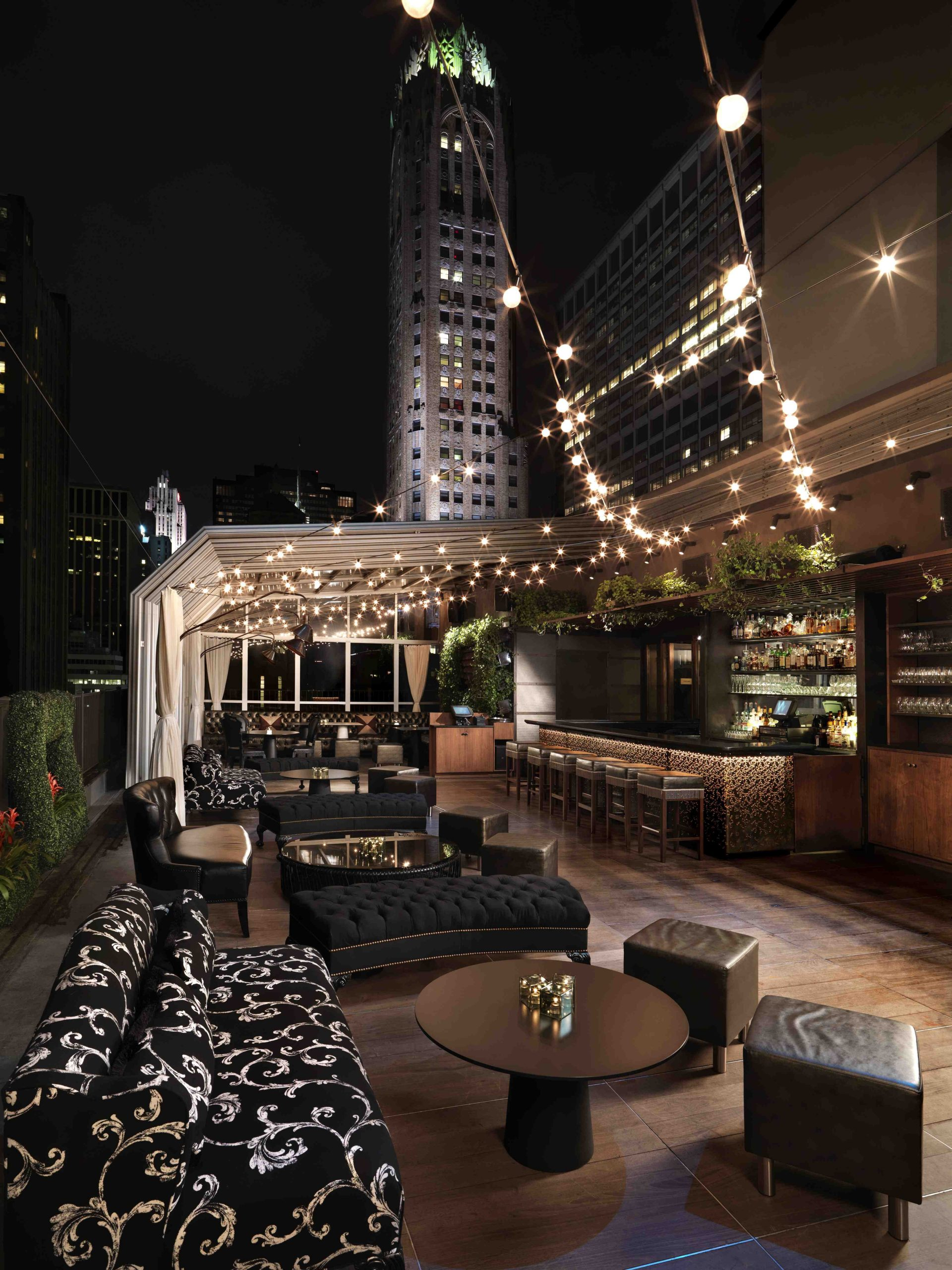 Rendezvous for a hot date at the ultra-chic Kimberly Hotel's uber-romantic rooft…
