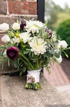 Romantic fall white flower wedding bouquet with greenery  bridal bouquet photo c…