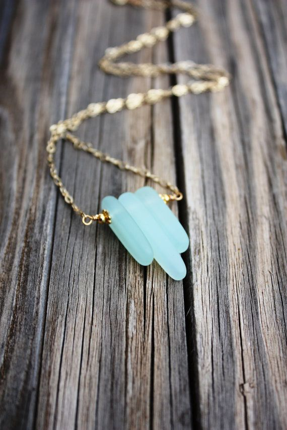 Sea Glass Necklace Seaglass Necklace, Sea Glass Jewelry, Beach Jewelry, Seaglass Jewelry, Beach Glass Necklace, Beach Glass Jewelry Delicate