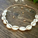 Shell necklace, cowrie shell choker, seashell beach jewelry, puka shell collar, summer beachy jewellery, boho wedding gift for bridesmaids