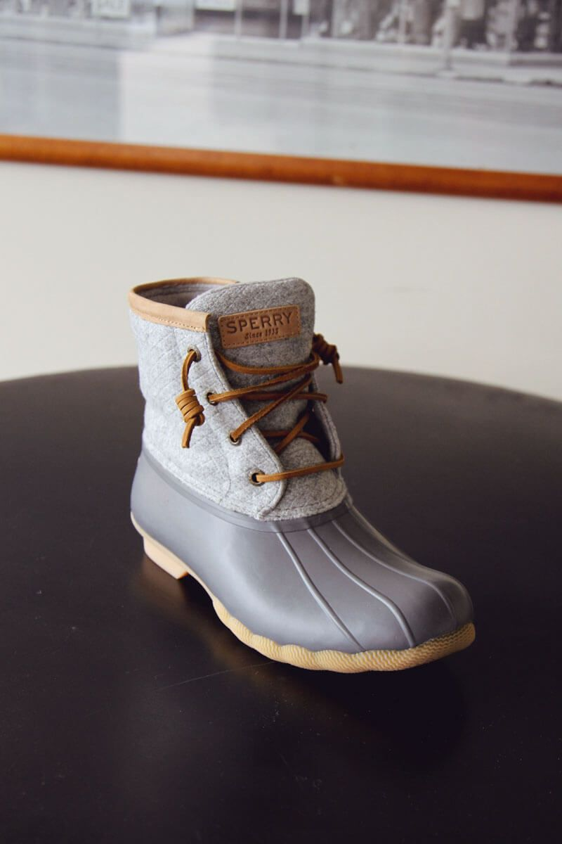 Sperry Top-Sider Saltwater Wool Emboss Duck Boots for Women in Grey STS82475