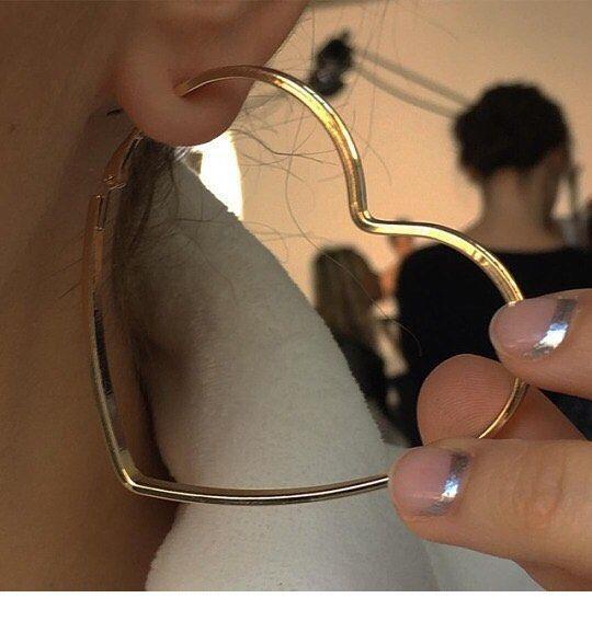 Sweet gold heart earring – PIN Blogger
