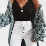 Talia sur Instagram : Entire outfit via VICI DOLLS #vicidolls #vicicollab Discou...