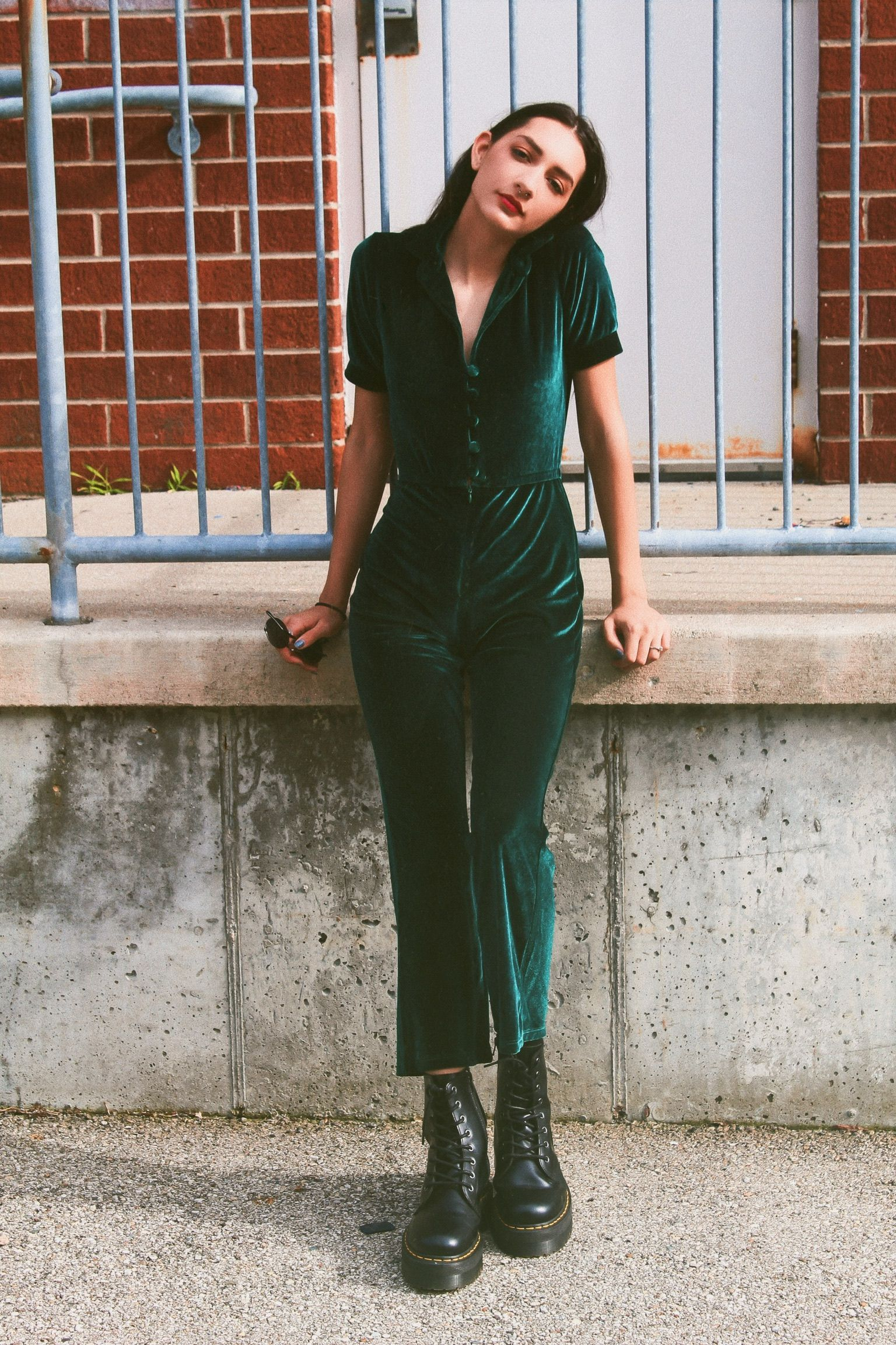 The Perfect Velvet Jumpsuit for Summer |Grunge Outfit | Street Style | Fashion |…