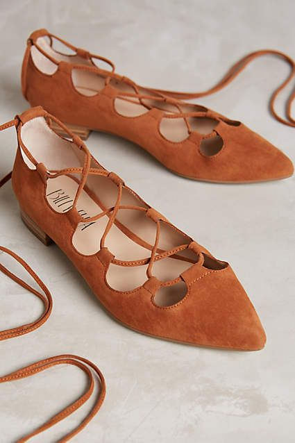 Trending: Lace-Up Shoes