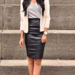 Trendy Leather Skirts Outfits for Women to Look Gorgeous