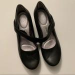 Tsubo wedge leather Mary Jane black shoes EUC Tsubo brand black leather Mary Jan...