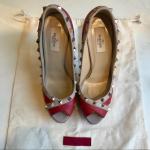 Valentino Rockstud Platform Heels Authentic Valentino Rockstud heels. Crossed pe...