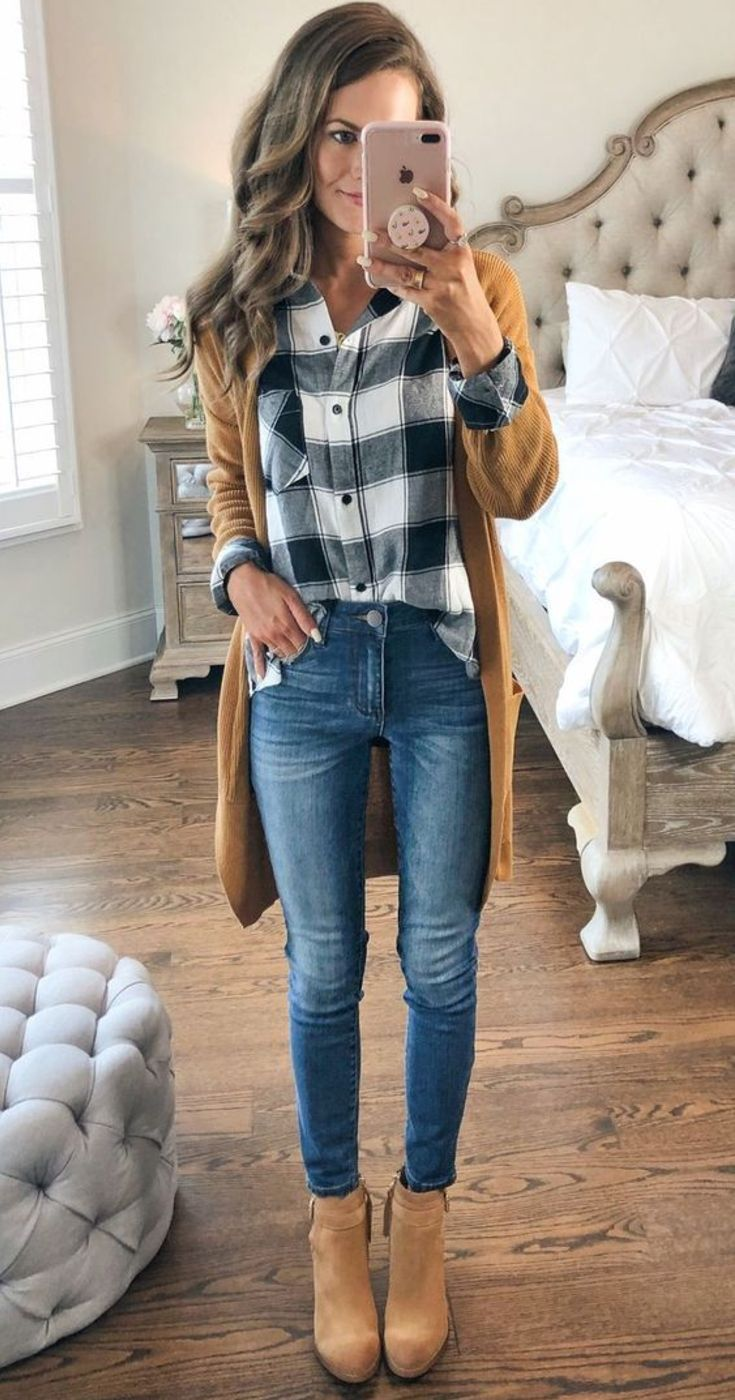 Wedge Heel Ankle Boots Casual Fall Outfit With Jeans