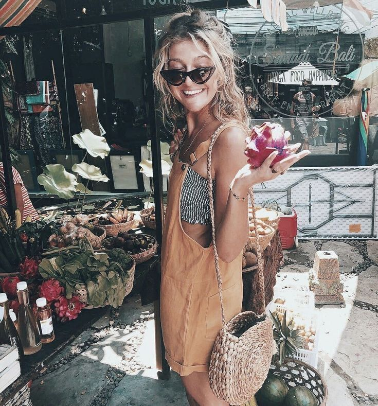 What to Wear in Hawaii + Destination Inspiration