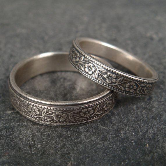 Womens Wedding Band Set Petunia Wedding Ring Set 14k Gold Wedding Ring Mens Wedding Band Womens Wedding Ring Floral Wedding Band Floral Ring